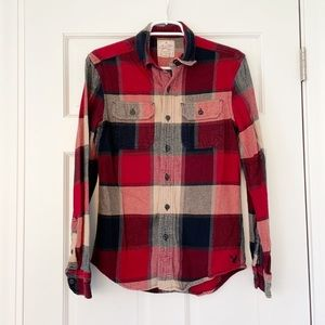 AMERICAN EAGLE mens plaid flannel shirt size XS red blue cotton longsleeve